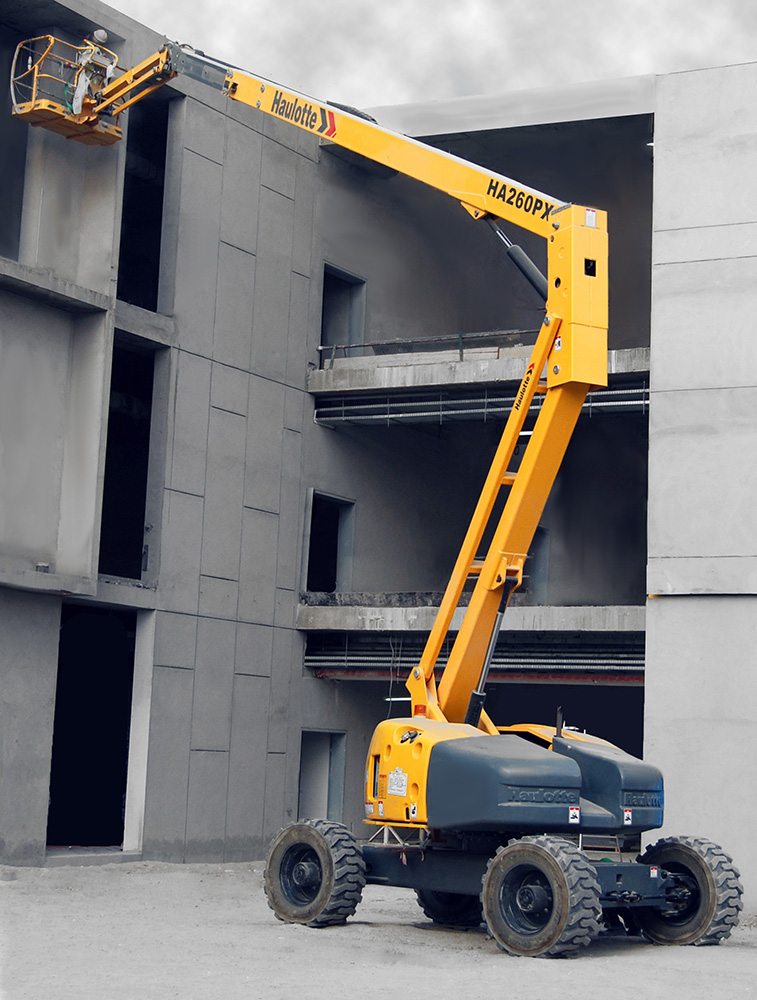 Articulated boom lift 26 m